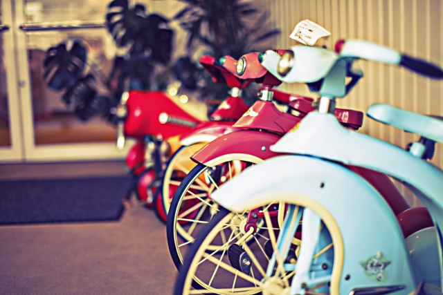 並んだ古いバイク